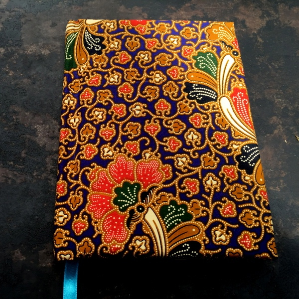 Oxford Blue Batik Print Journal1